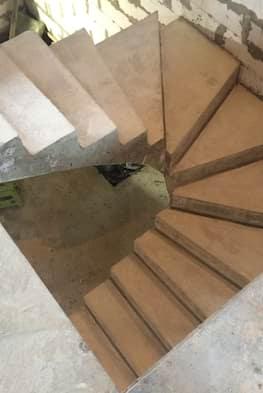 Бетонная лестница с удобными забежными ступенями - 120 тыс. рублей / метр подъема