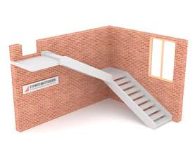 Г-образная бетонная лестница с площадкой двутетивная с просветом
